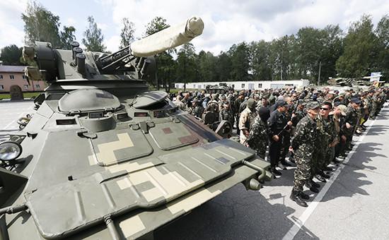 Добровольцы батальона «Донбасс» во время принятия присяги,Киев(архивное фото)