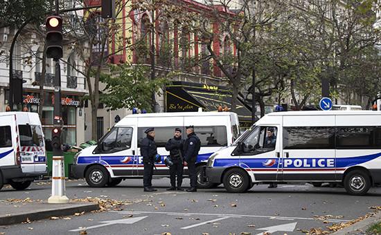 Полиция на улицах Парижа