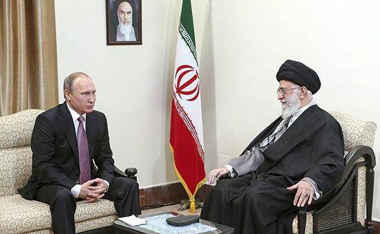 Встреча между президентом России Владимиром Путиным и верховным лидером Ирана аятоллой Али Хаменеи в Тегеране, ноябрь 2015 года