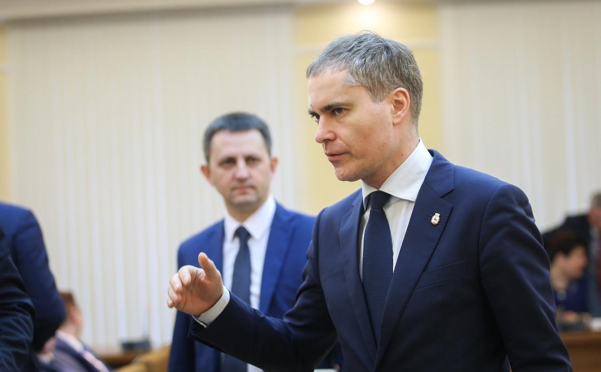 Мэр Нижнего Новгорода Владимир Панов (справа)