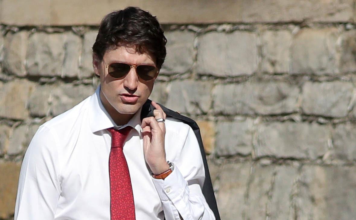 Премьера Канады оштрафовали на $100 за незадекларированные очки
