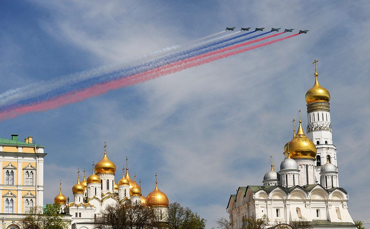 Путин пообещал парад авиации и салют на 9 мая