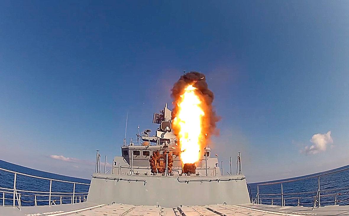 Запуск крылатых ракет «Калибр». Июнь 2017 года