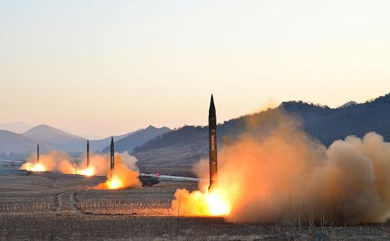 Запуск баллистических ракет Хвасонг-6