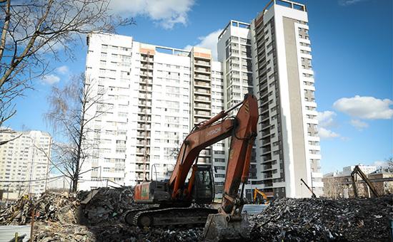 Снос пятиэтажного жилого дома вМоскве. Март 2017 года