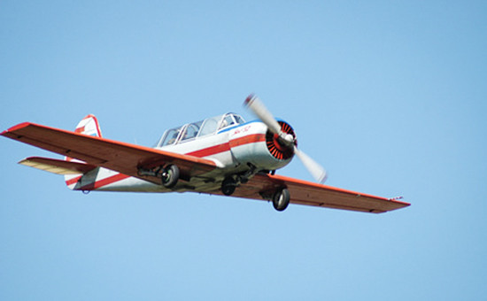 Самолет Як-52