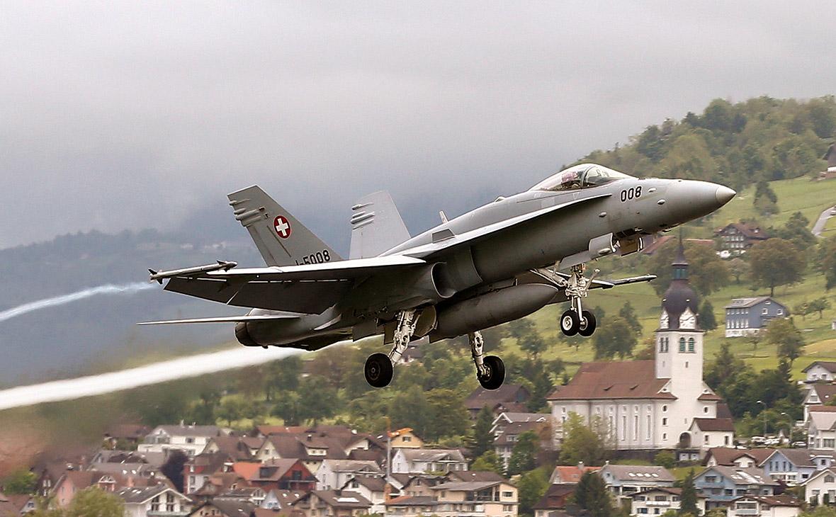 Истребитель F/A-18