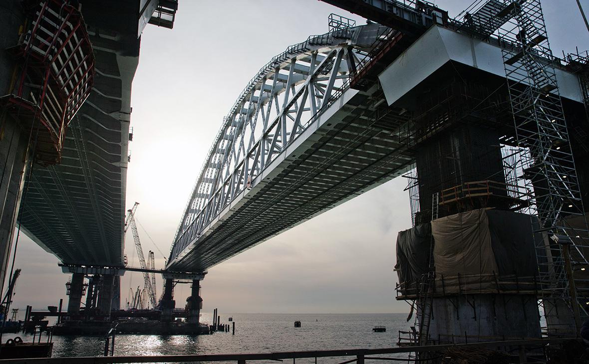 Автомобильное движение через Крымский мост могут начать уже в мае