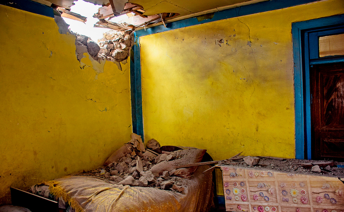 Последствия обстрела на азербайджано-армянской границе в селе Дондар Гушчу, Товузскийрайон, Азербайджан
