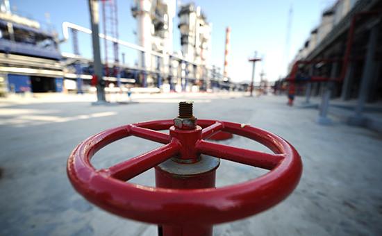 Территория Московского нефтеперерабатывающего завода