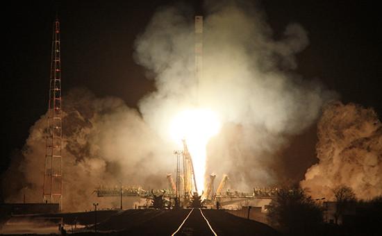 Запуск ракеты-носителя «Союз-У» сгрузовым транспортным кораблем «Прогресс»