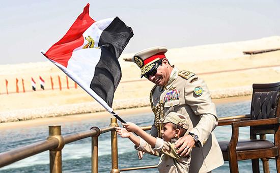 Президент Египта Абдель Фаттах ас-Сиси во время открытия новой ветки Суэцкого канала