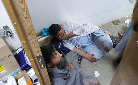 Раненые сотрудникигоспиталя организации «Врачи без границ»
