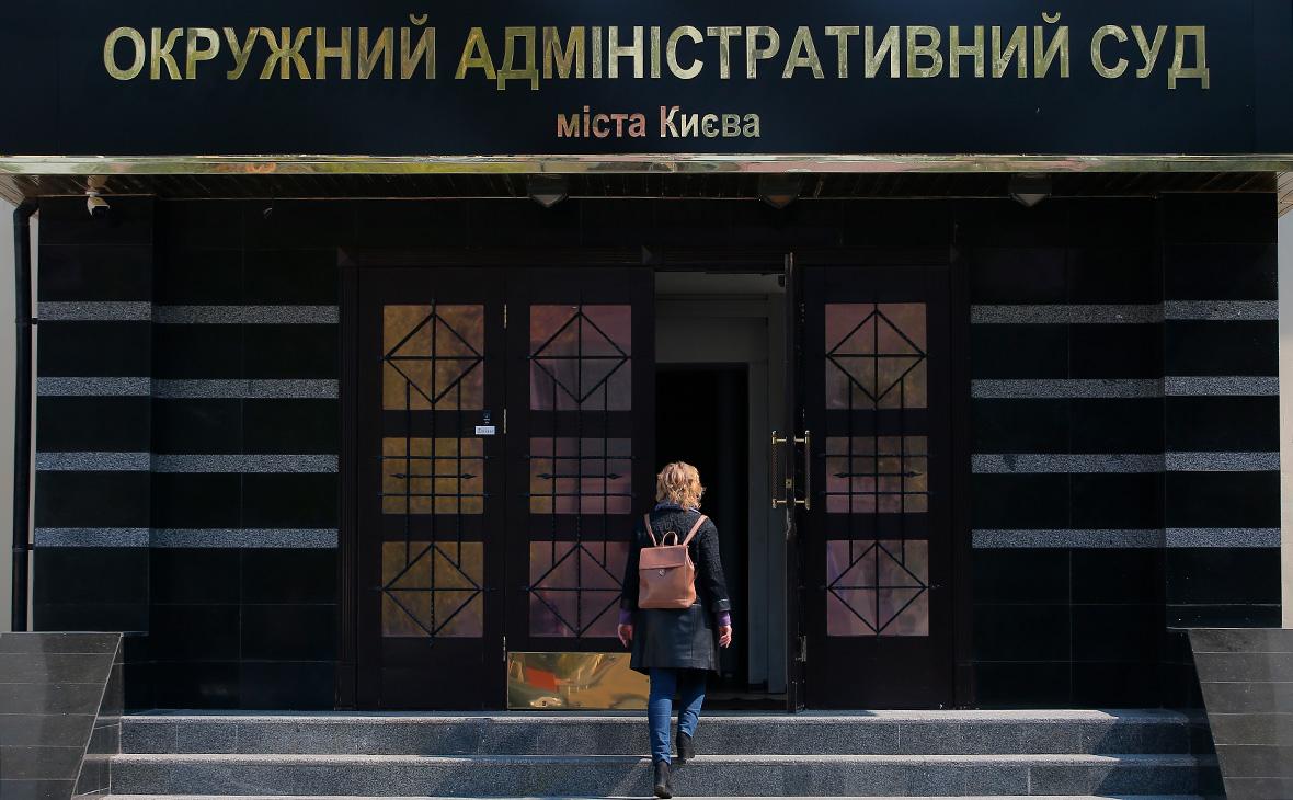 Киевский суд постановил переименовать проспект Бандеры в Московский