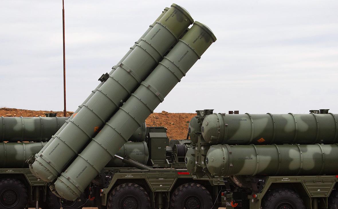 """Зенитные ракетные комплексы С-400 """"Триумф"""""""
