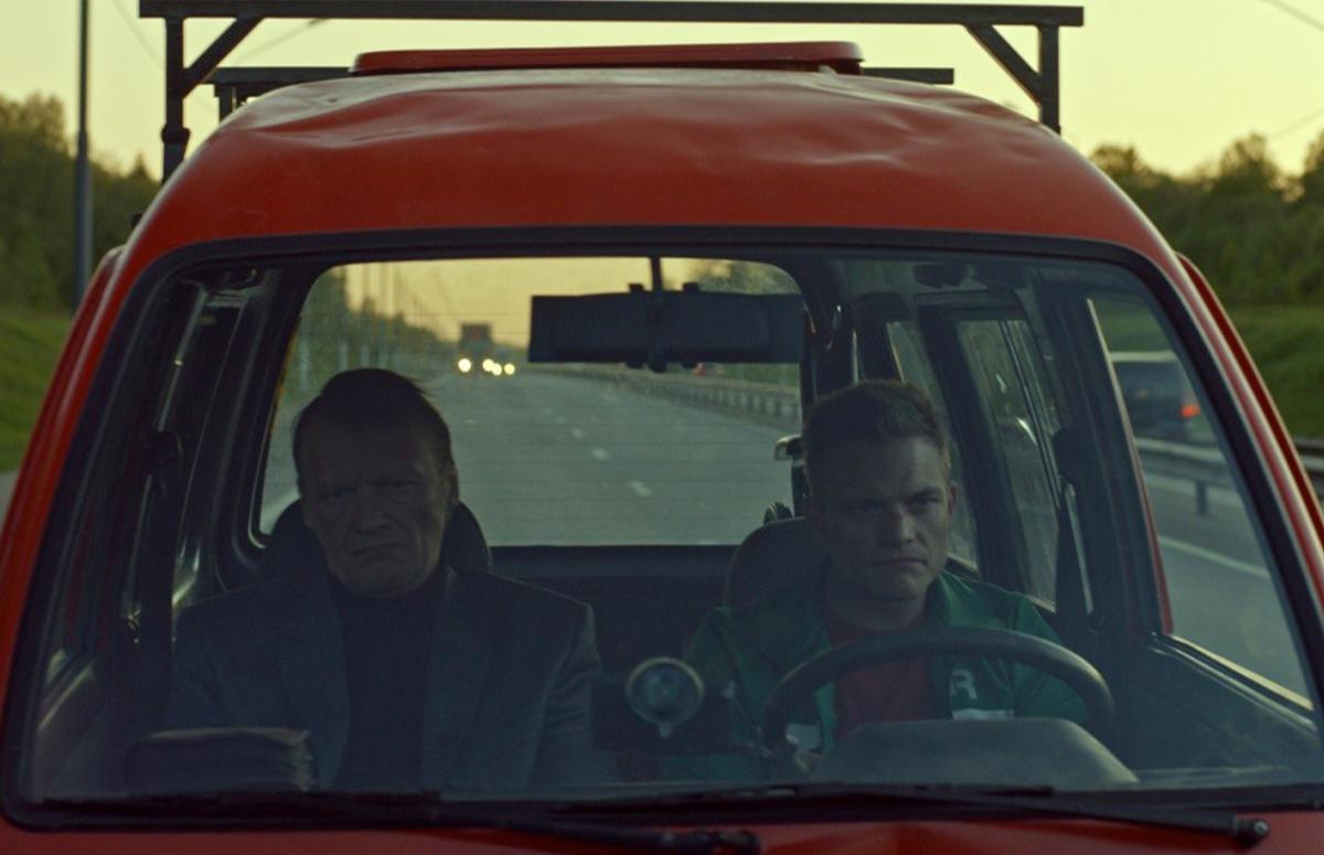 Кадр из фильма «Как Витька Чеснок вез Леху Штыря в дом инвалидов»