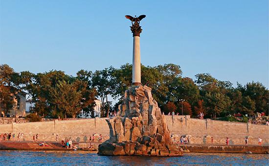 Памятник затопленным кораблям в Севастопольской бухте, изображение которого может появиться на новых банкнотах