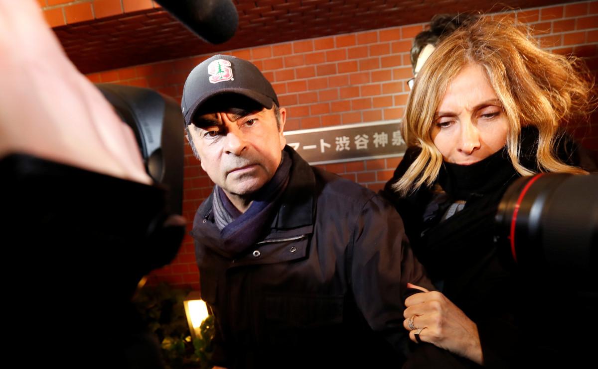 Карлос Гон и его жена Кэрол до побега экс-главы автоконцерна из Токио