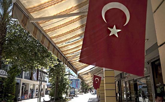 Улица курорта Кемер в Турции