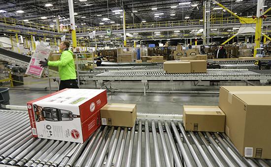 Работа центра обработки заказов американской компании Amazon
