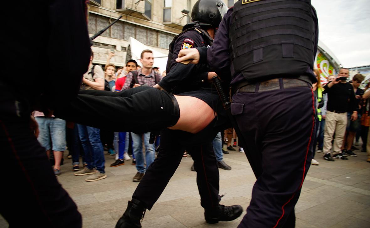 Акция протеста наТверской улице. 12 июня 2017 года