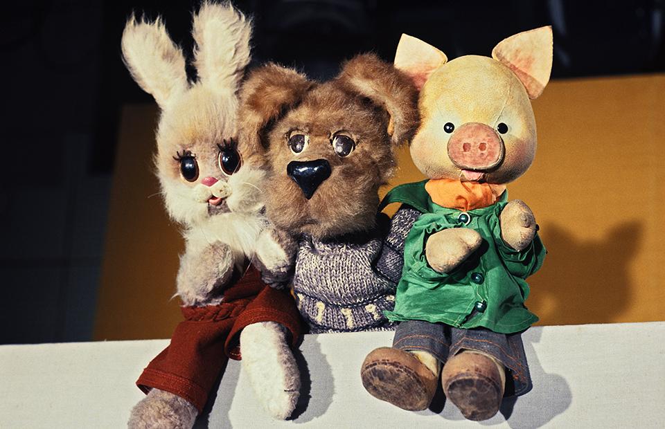Герои телепередачи «Cпокойной ночи, малыши!» — Степашка, Филя и Хрюша