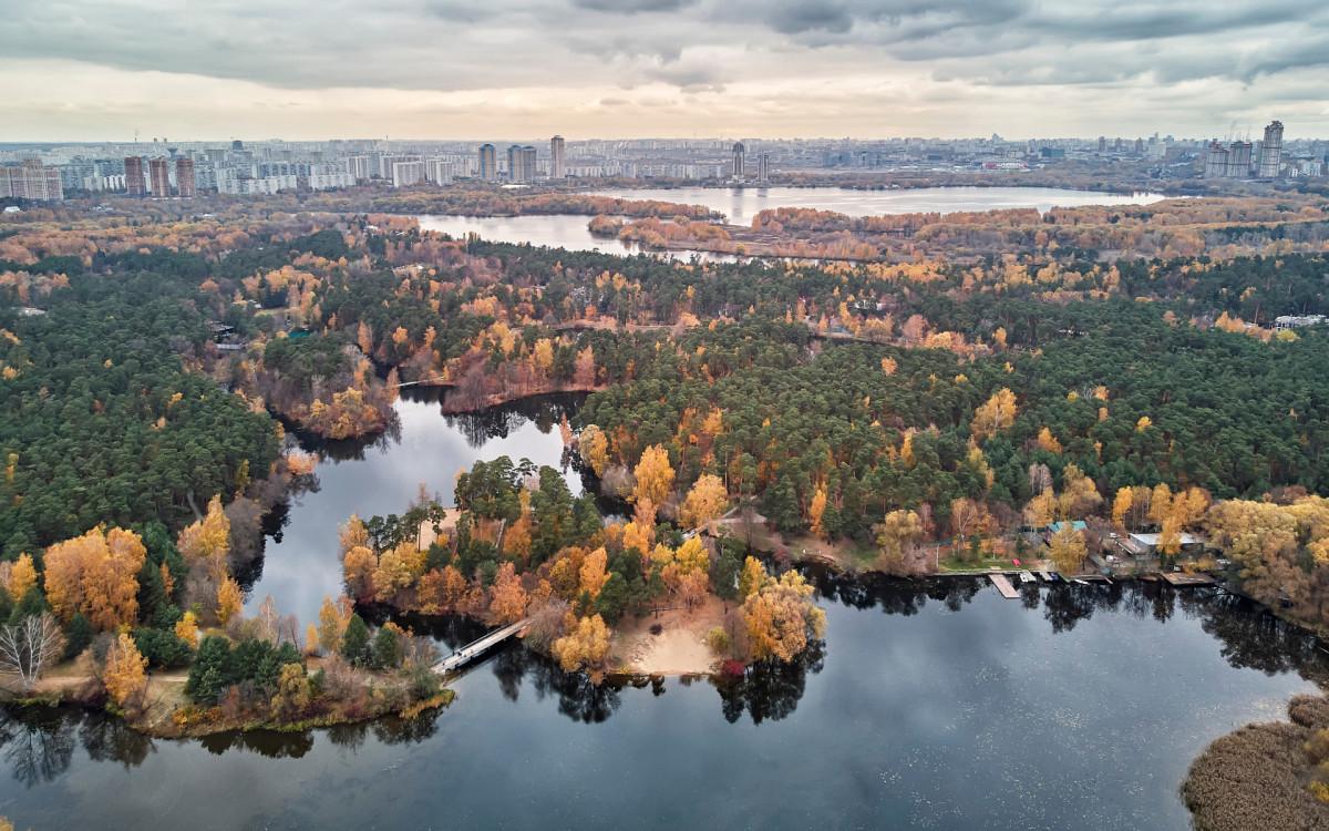 Вид на Серебряный Бор, Живописный мост и район Хорошево-Мневники