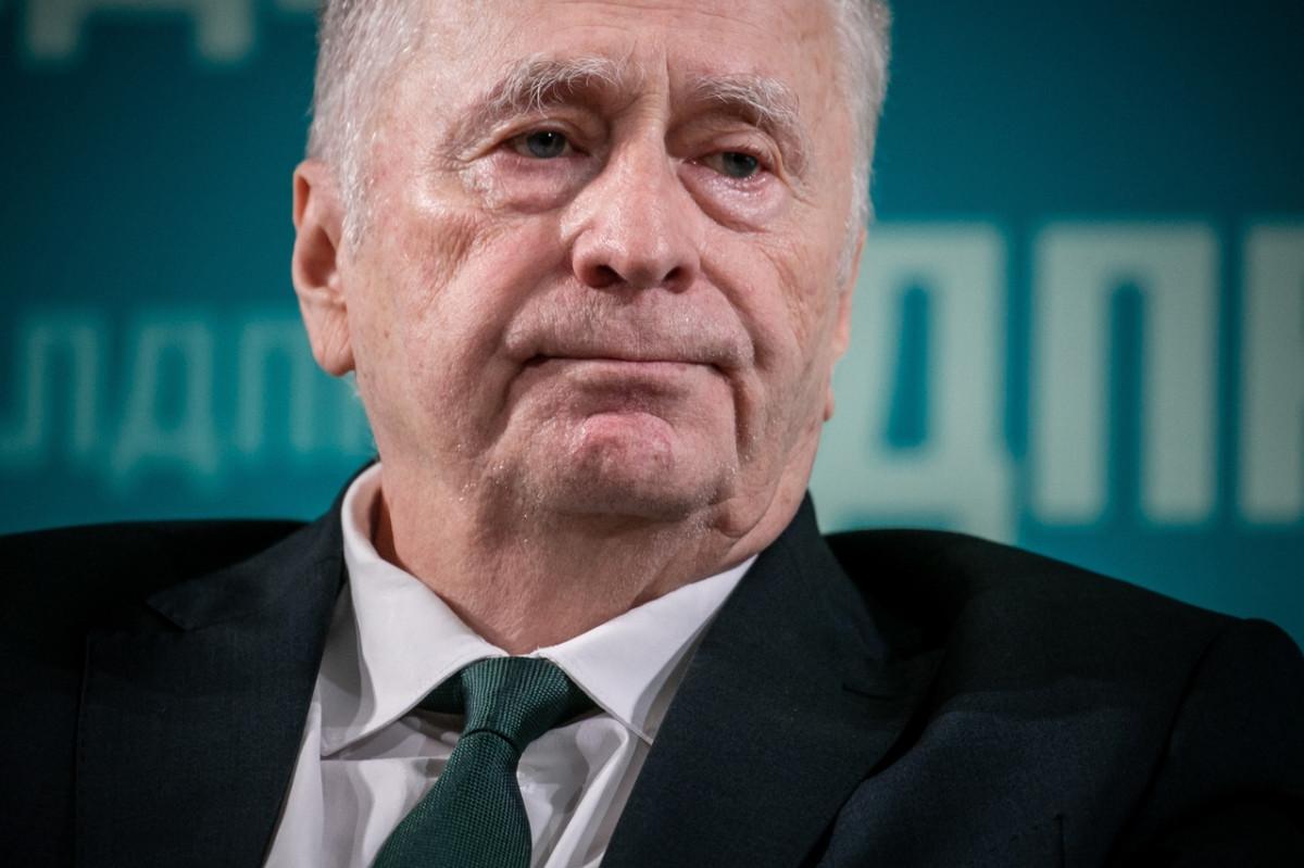 По мнению Жириновского, российские регионы необходимо укрупнять