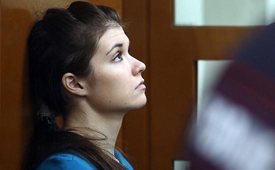 Студентка Варвара Караулова (Александра Иванова)вовремя оглашения приговора вМосковском окружном военном суде