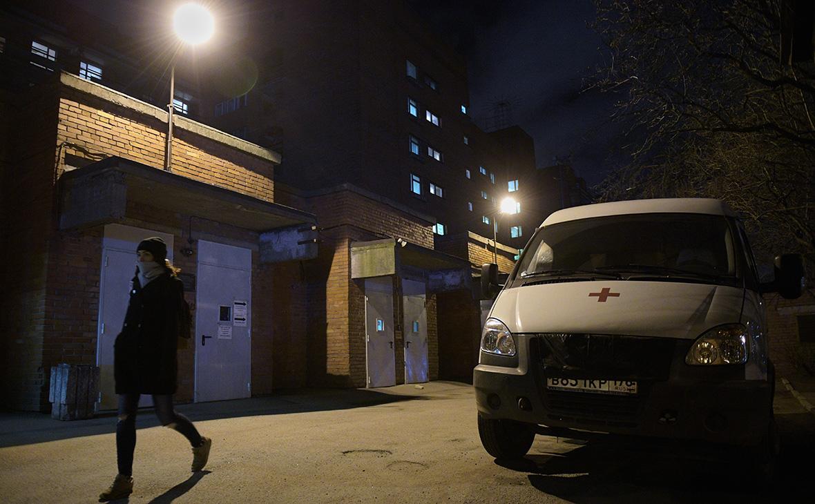 Территория клинической инфекционной больницы им. С.П. Боткина в Санкт-Петербурге