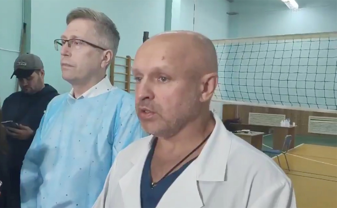 Анатолий Калиниченко (справа)