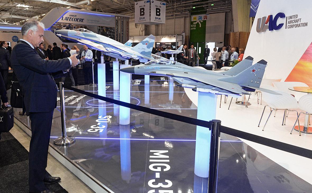 Макет самолета МИГ-35