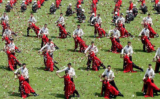 Празднование Дня молодежи и спорта в Стамбуле