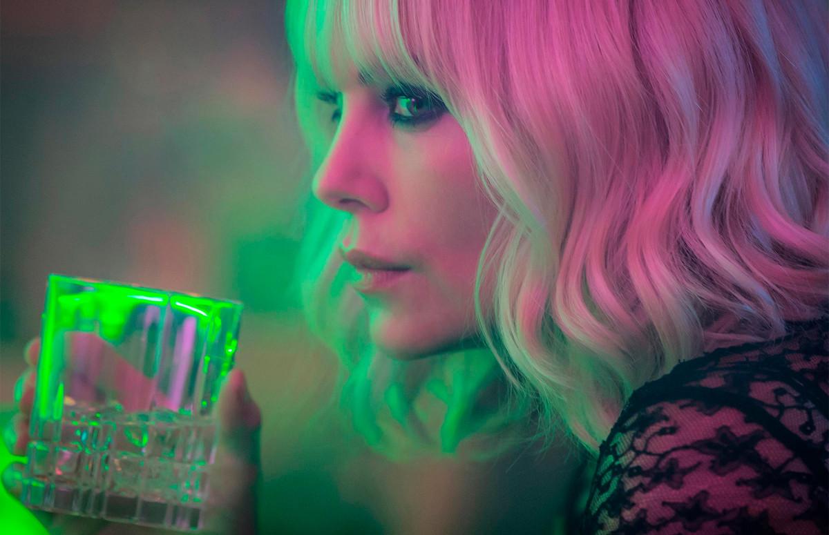 Фото: КАДР ИЗ ФИЛЬМА «Взрывная блондинка». РЕЖ. Дэвид Литч. 2017
