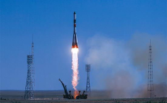 Запуск ракеты-носителя «Союз-У» сроссийским грузовым кораблем «Прогресс М-28М» накосмодроме Байконур. 3 июля 2015 года
