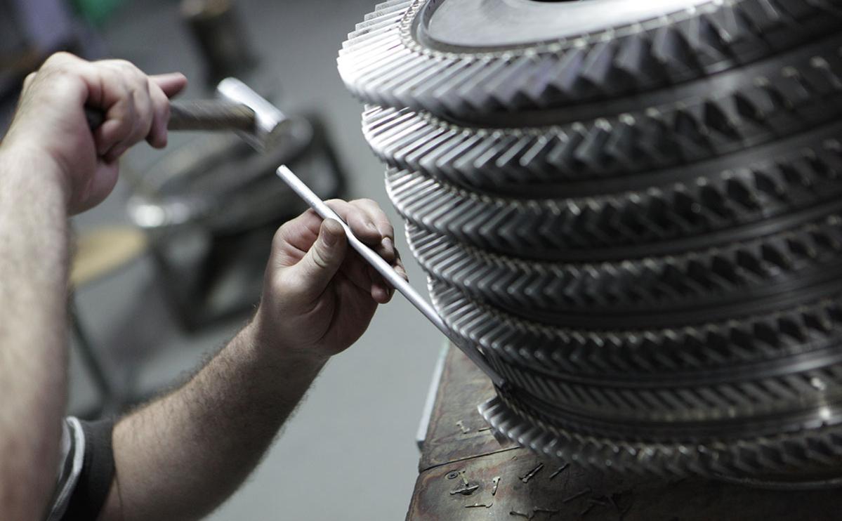 Производство авиационных двигателей на заводе «Мотор Сич» в Запорожье