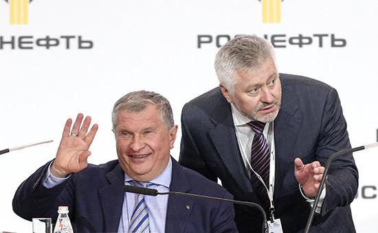 Глава «Роснефти» Игорь Сечин и Михаил Графинин(слева направо)