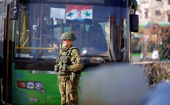 Российский солдат всирийском городе Алеппо