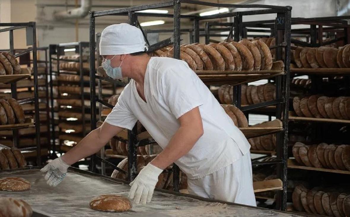 И три корочки хлеба!