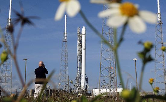 Ракета-носитель Falcon 9 компании SpaceX