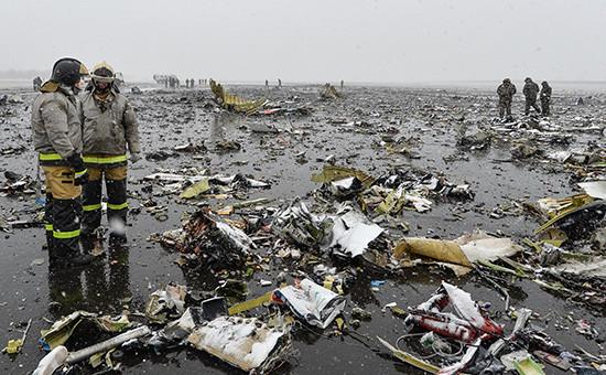 Место крушения пассажирского самолета Boeing 737-800 авиакомпании FlyDubai