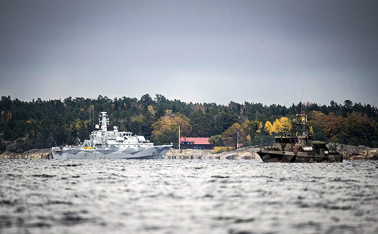 Шведские корабли в районе обнаружения иностранной подводной лодки