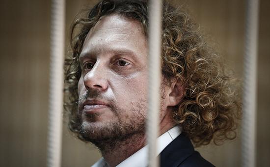 Бизнесмен Сергей Полонский во время рассмотрения ходатайства следствия о продлении срока ареста в Тверском суде