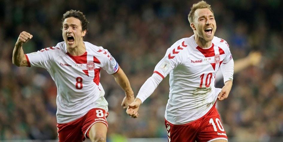 Футболисты сборной Дании Томас Дилейни и Кристиан Эриксен (слева направо)