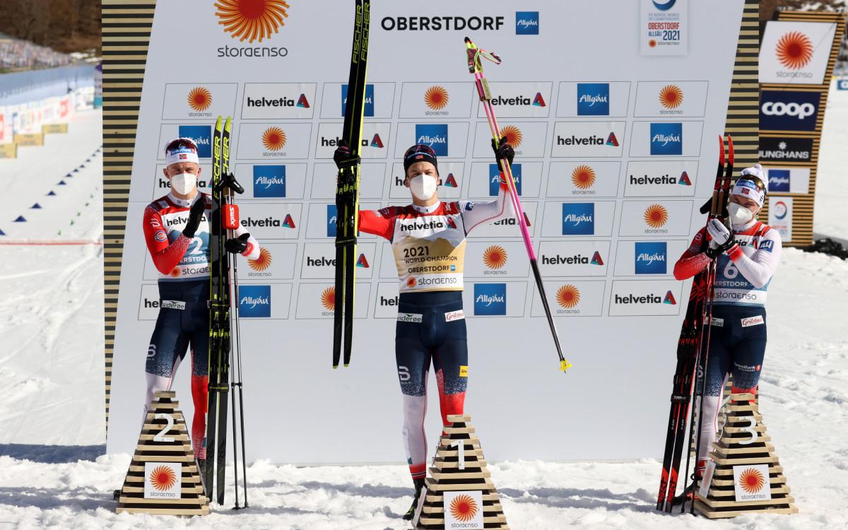 Норвежские лыжники Эрик Валнес, Йоханнес Клэбо и Ховард Сулос Таугбель (слева направо)