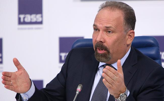 Глава Минстроя Михаил Мень