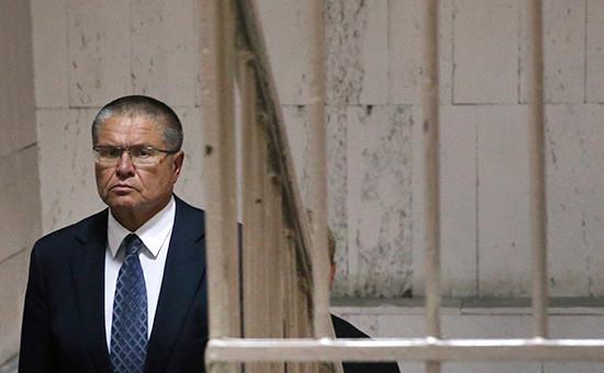 Глава Минэкономразвития Алексей Улюкаев вБасманном суде