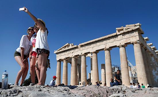 Туристы вАфинах