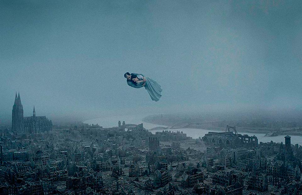 Кадр из фильма «О бесконечности»