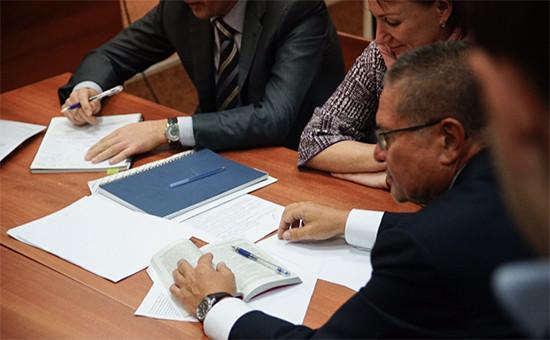 Министр экономического развития Алексей Улюкаев вБасманном суде. 15 ноября 2016 года